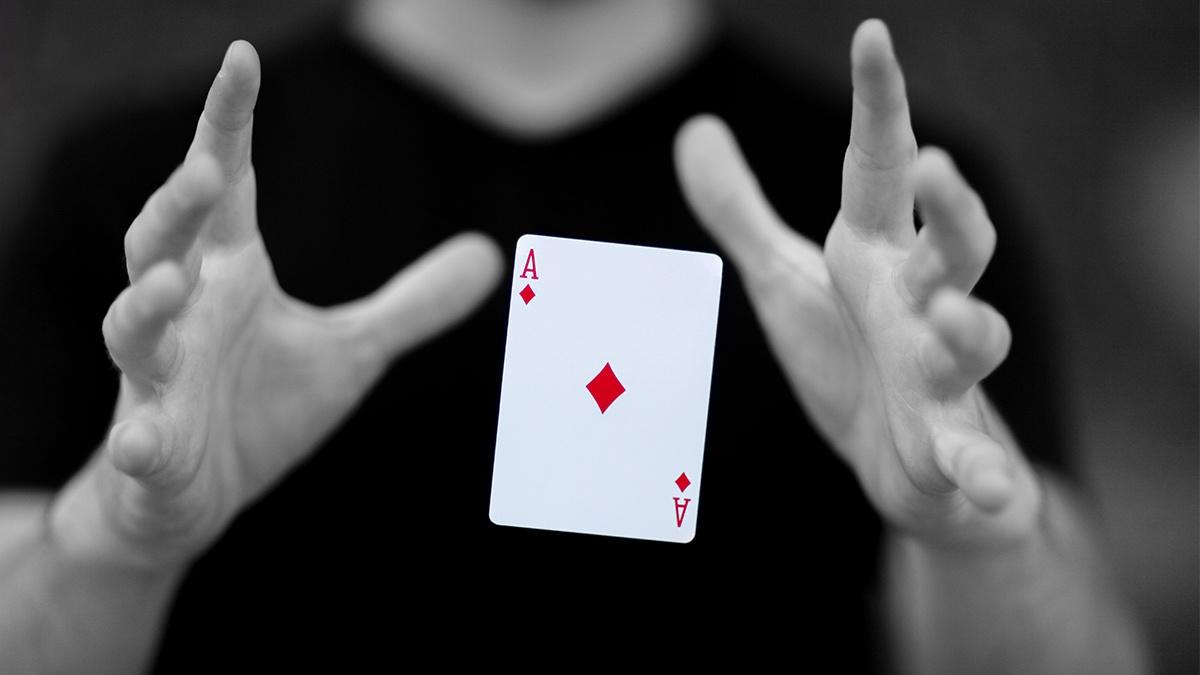 Como Hacer Trucos De Magia Con Cartas